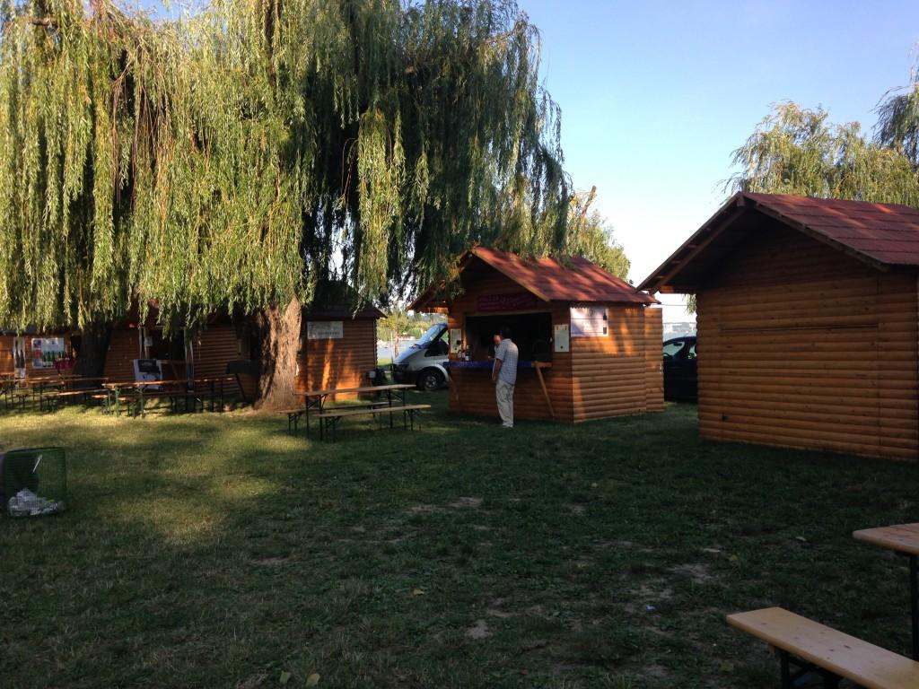 Boros faház bérelhető, eladó. Elárusító faházak